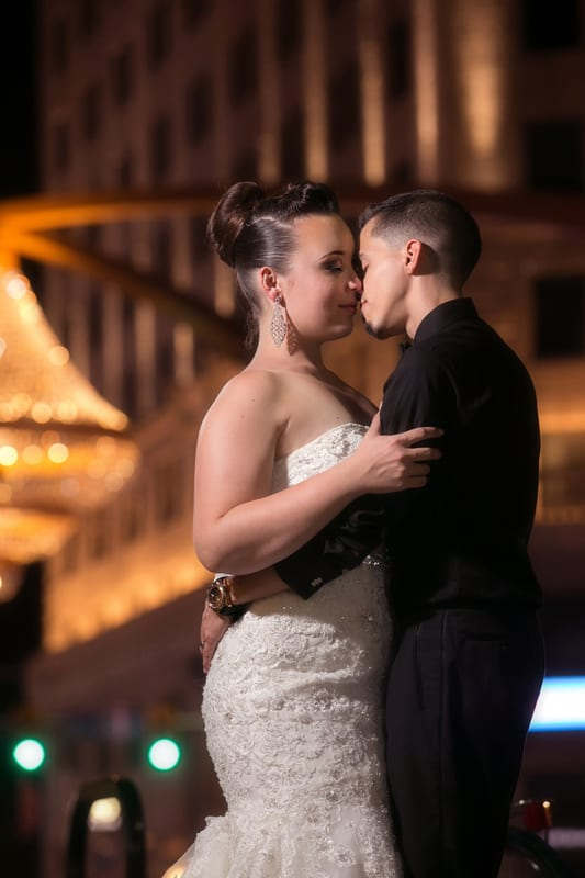 bride and groom kissing in playhouse square