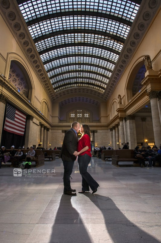 engagement picture union station chicago
