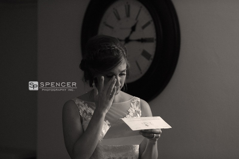 bride reacting to wedding day note