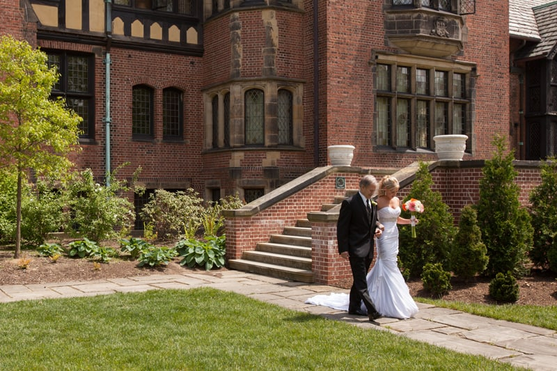side view of bride and dad at stan hywet wedding