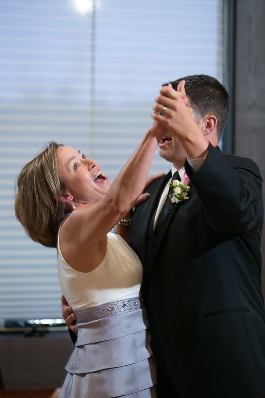 groom dancing with his mom