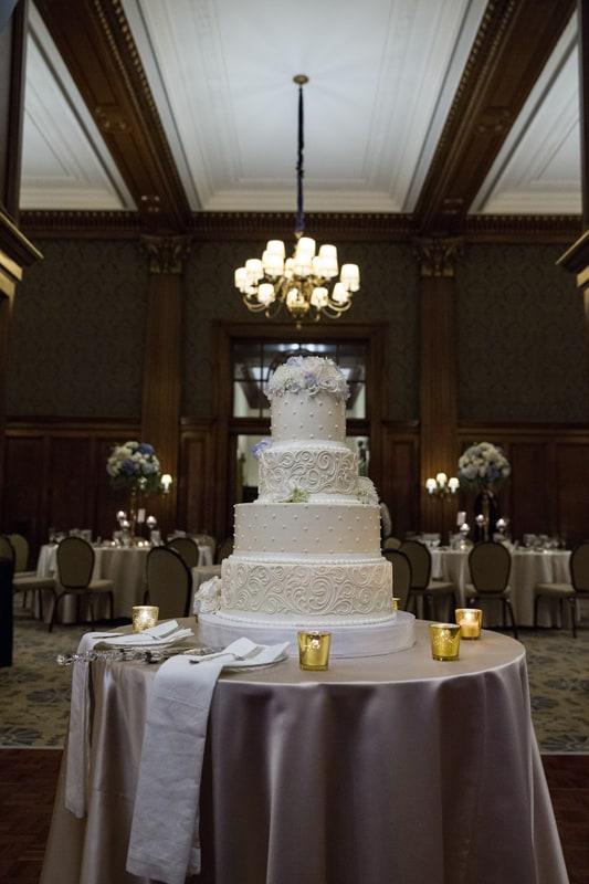 wedding cake at union club