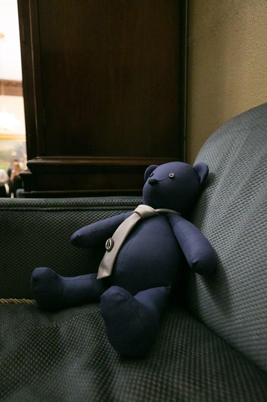 teddybear in chair