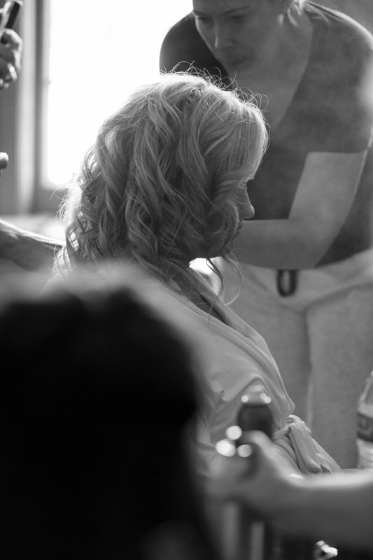 getting hair done on wedding day