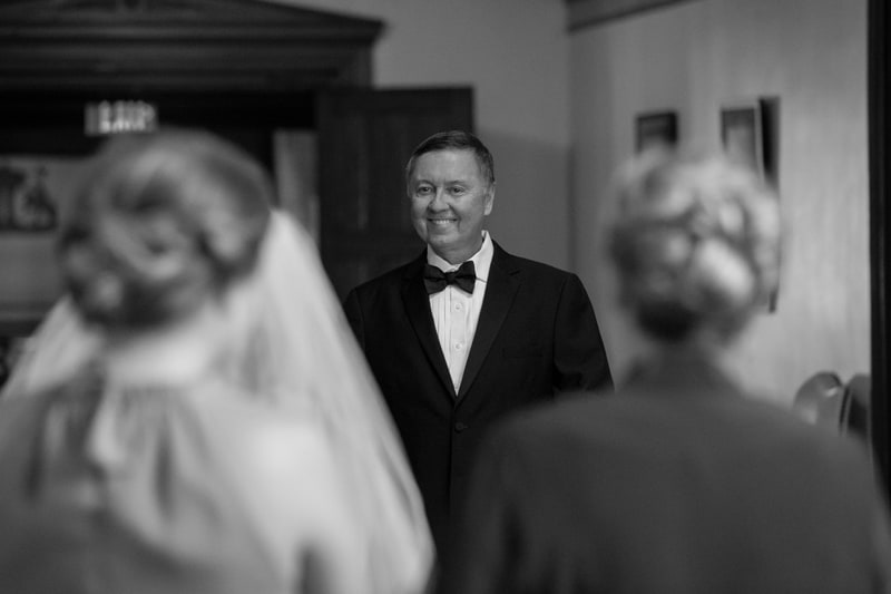 dad sees bride for first time on wedding day