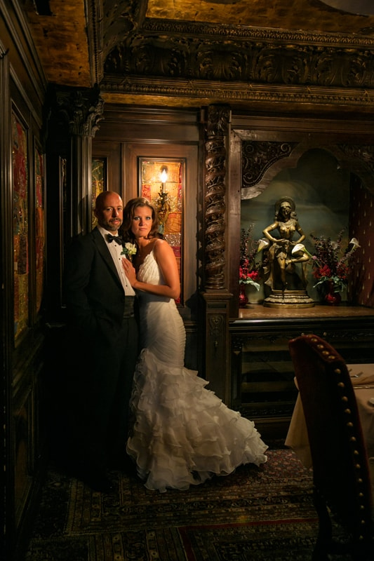 wedding picture in house of blues foundation room