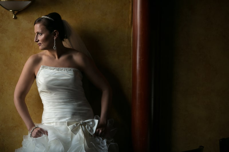 bride picture at her wedding at akron tangier