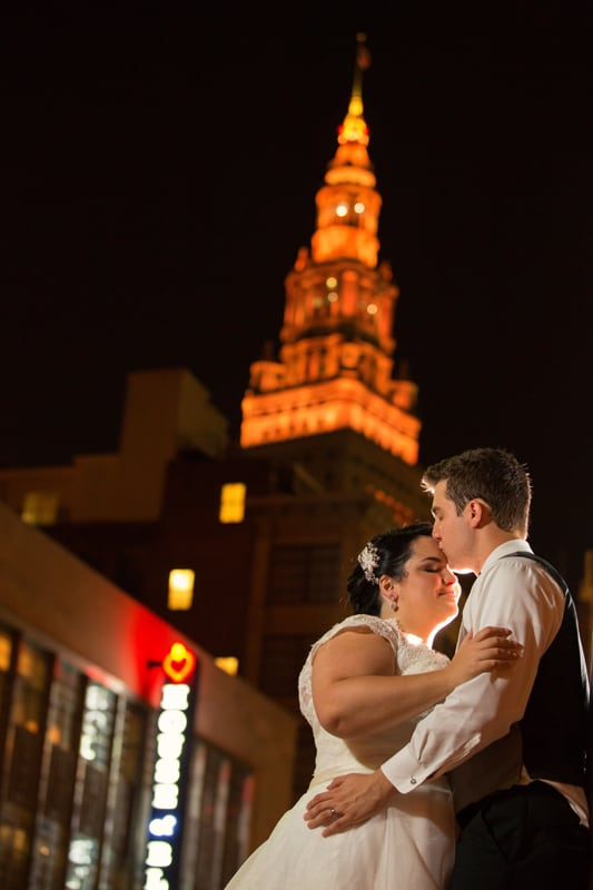 wedding picture in cleveland at night