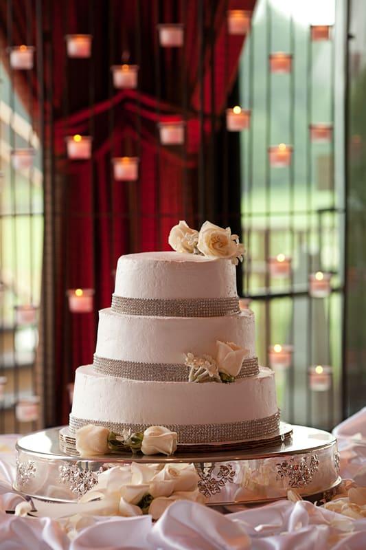 wedding cake at firestone wedding reception
