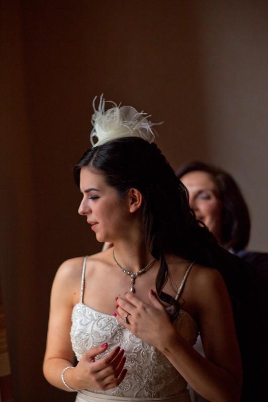 bride preparing for her cleveland arcade weddiing