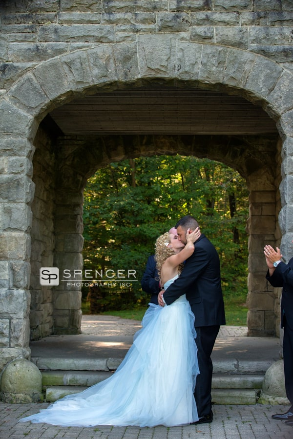 first kiss at wedding at squires castle