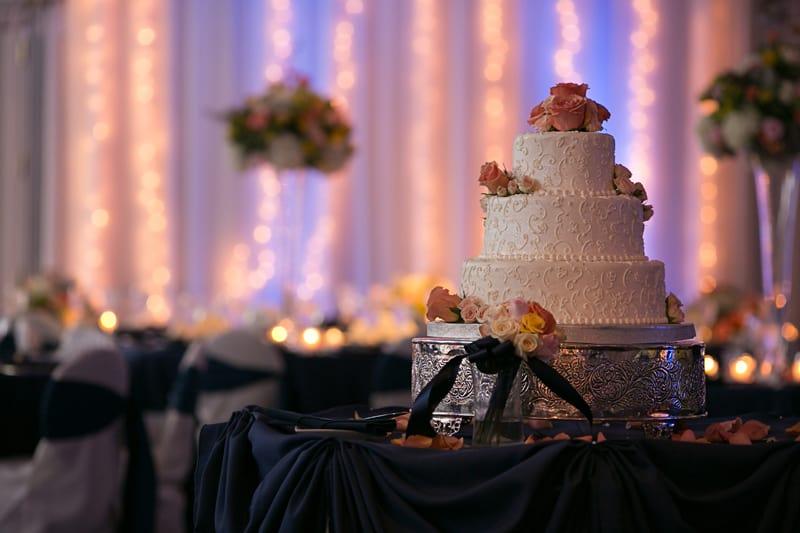 wedding cake at reception at landerhaven