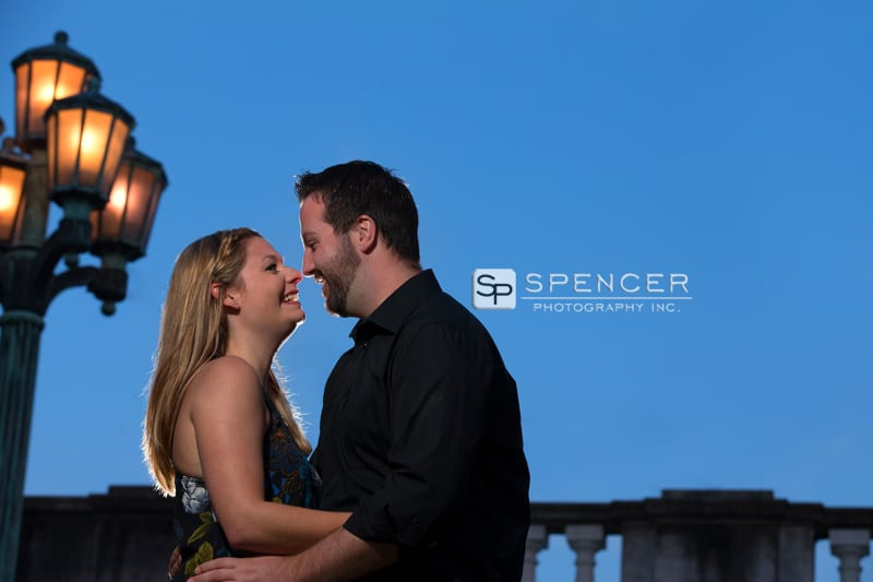 engagement picture at wade oval lagoon