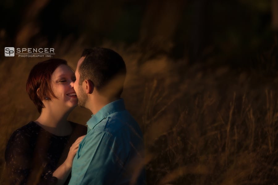 engagement picture on golf course at firestone