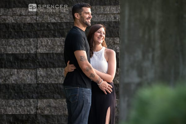 engagement picture outside of cleveland museum of art