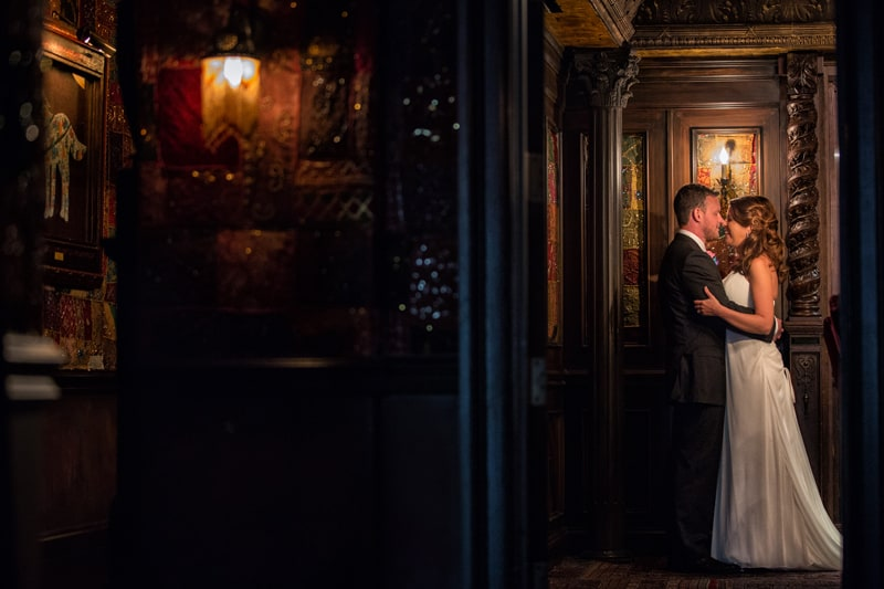 wedding picture in foundation room at house of blues