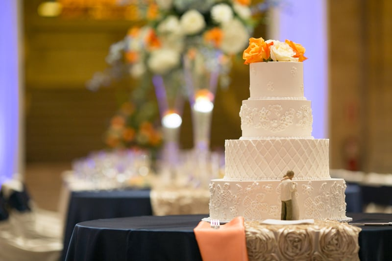 wedding cake at old courthouse in cleveland