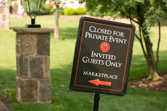 wedding day sign at Gervasi