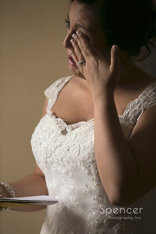 bride reacts to wedding day note from groom