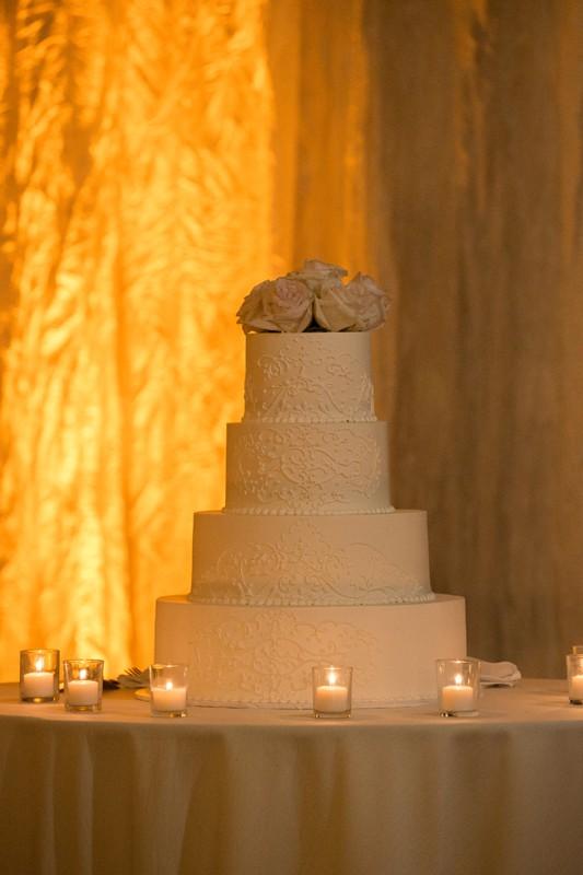 wedding cake at wedding reception at westin cleveland