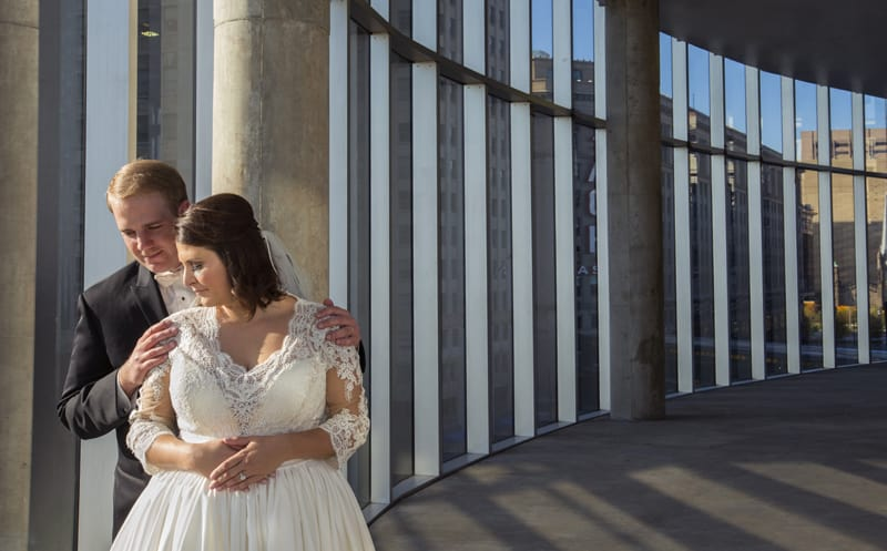 creative wedding picture in cleveland