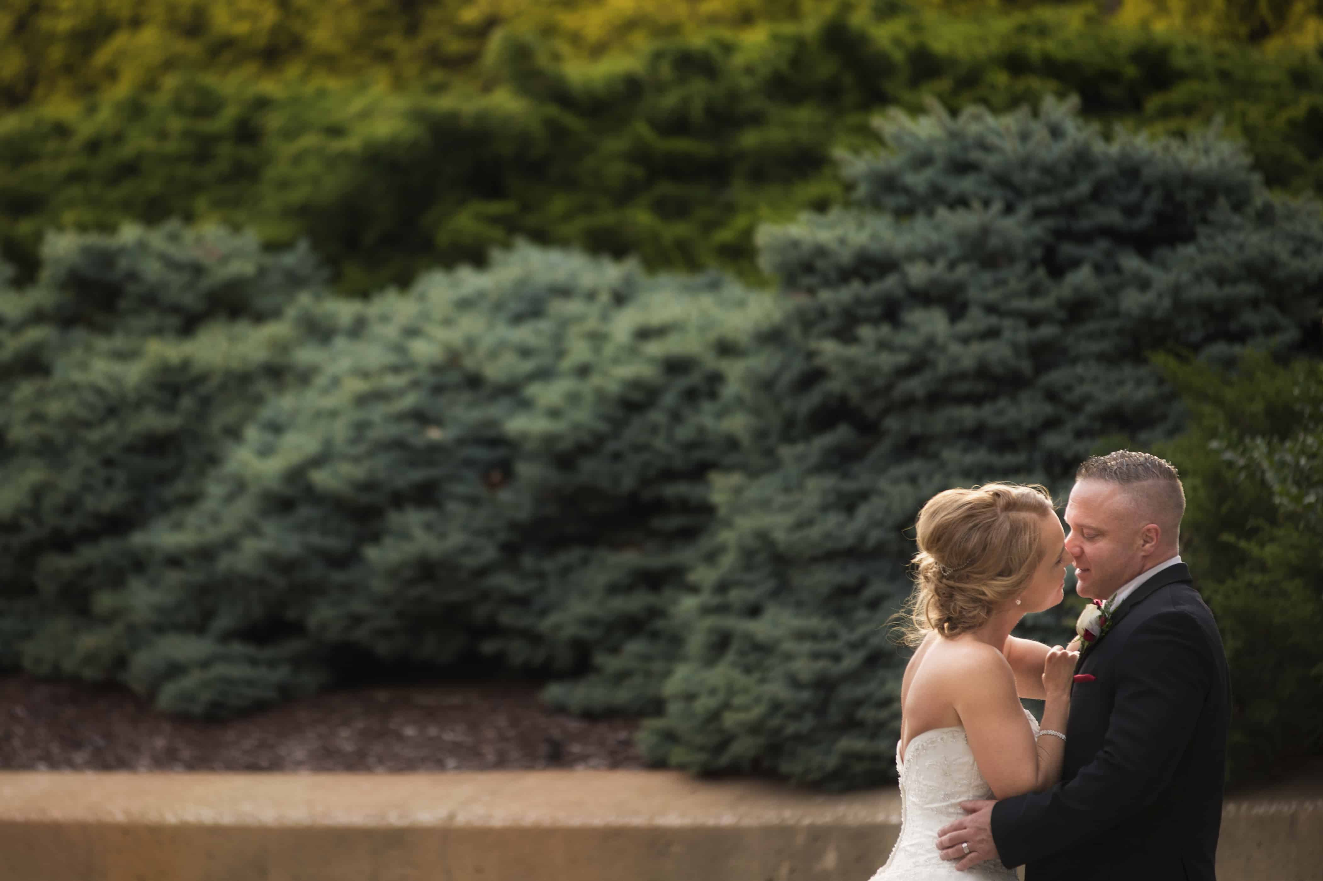 bride and groom in downtown akron