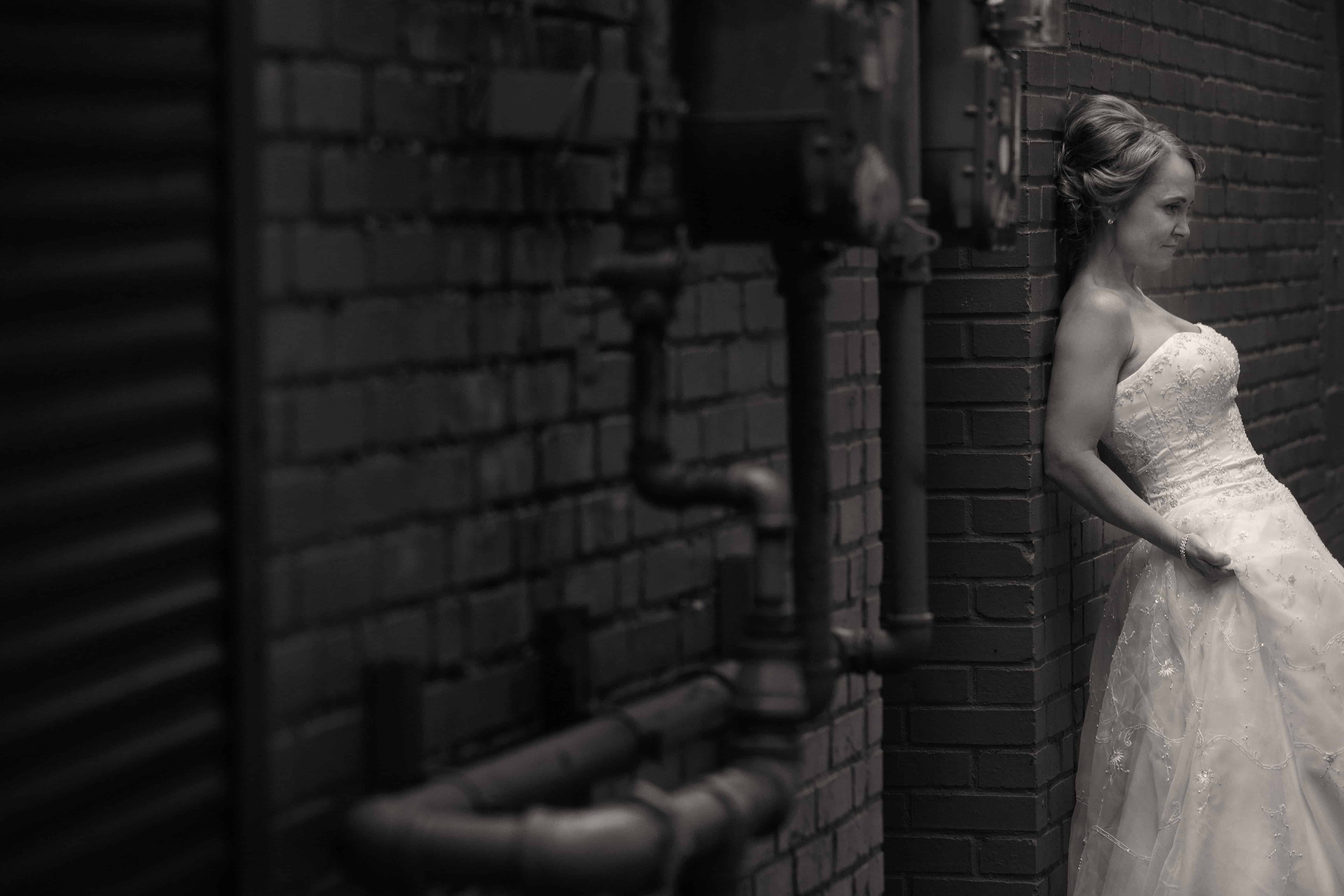 wedding picture in alley