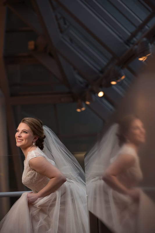 akron art museum wedding picture