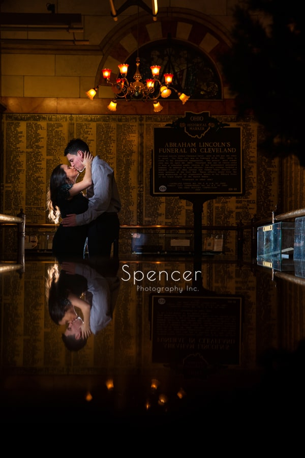 Couple kissing in Cuyhoga County memorial