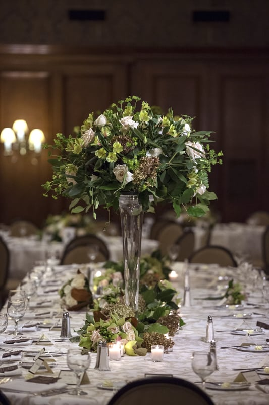 floral centerpiece at union club of cleveland