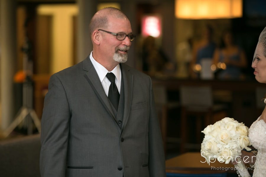 dad sees bride for first time on wedding day in Canton
