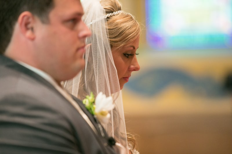 bride and groom at altar of cuyahoga falls wedding