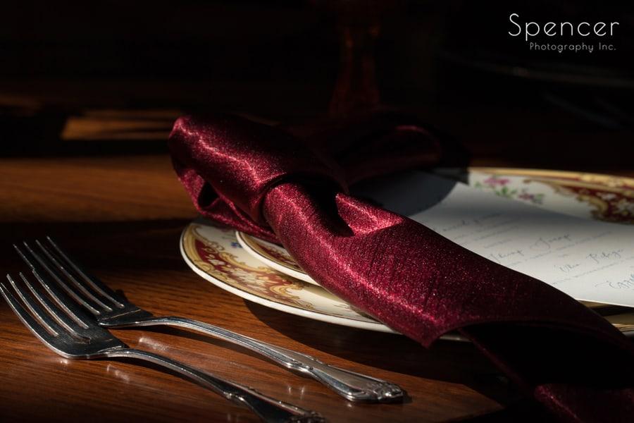 L'Nique Linen wedding napkin