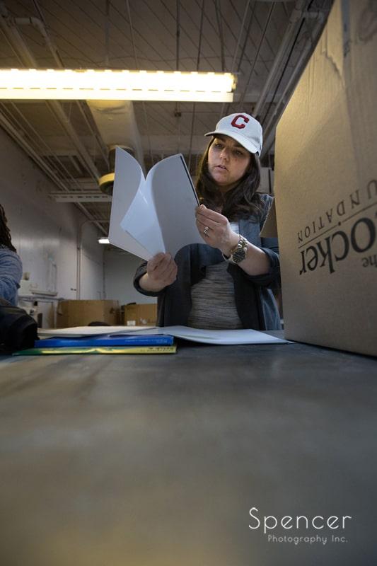 Cleveland ILEA member counting folders