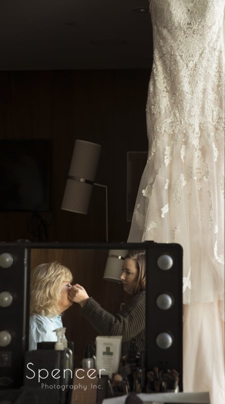 mother of the bride getting make up done at Westin Cleveland