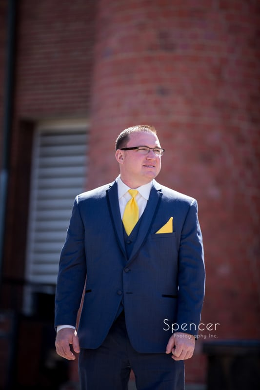 groom picture outside of Chagrin Falls church