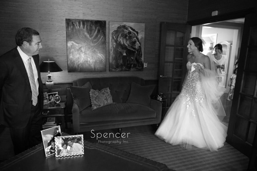 bride greeting her dad for first time