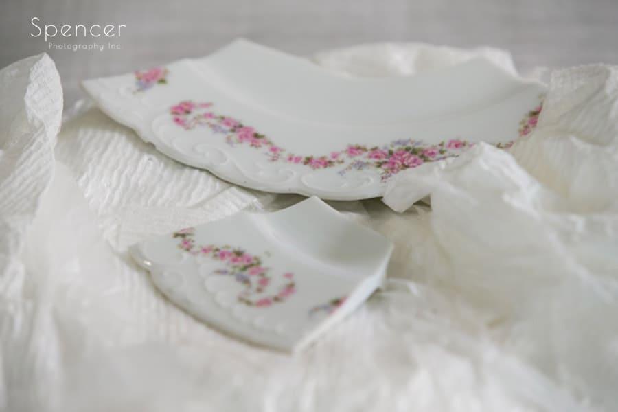 broken plate at revere road synagogue wedding