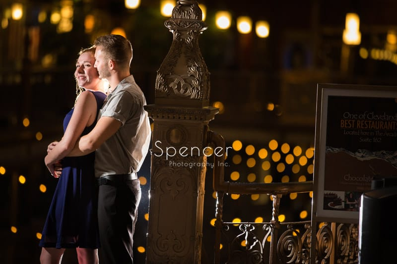 Engagement Pictures at Cleveland Arcade // Cleveland Photographer