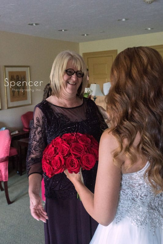 bride sees mom on her wedding day at Portage Country Club Akron