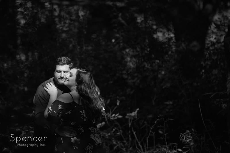black and white engagement pictures at brandywine falls