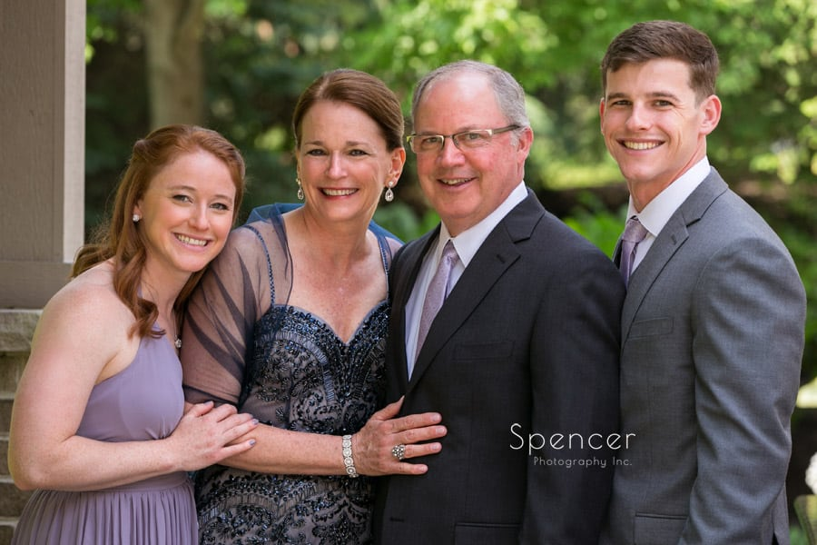 cleveland wedding picture of family