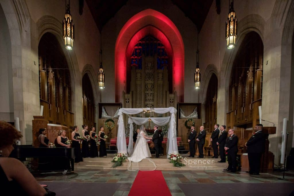 wide shot of christmas wedding at first baptist church cleveland