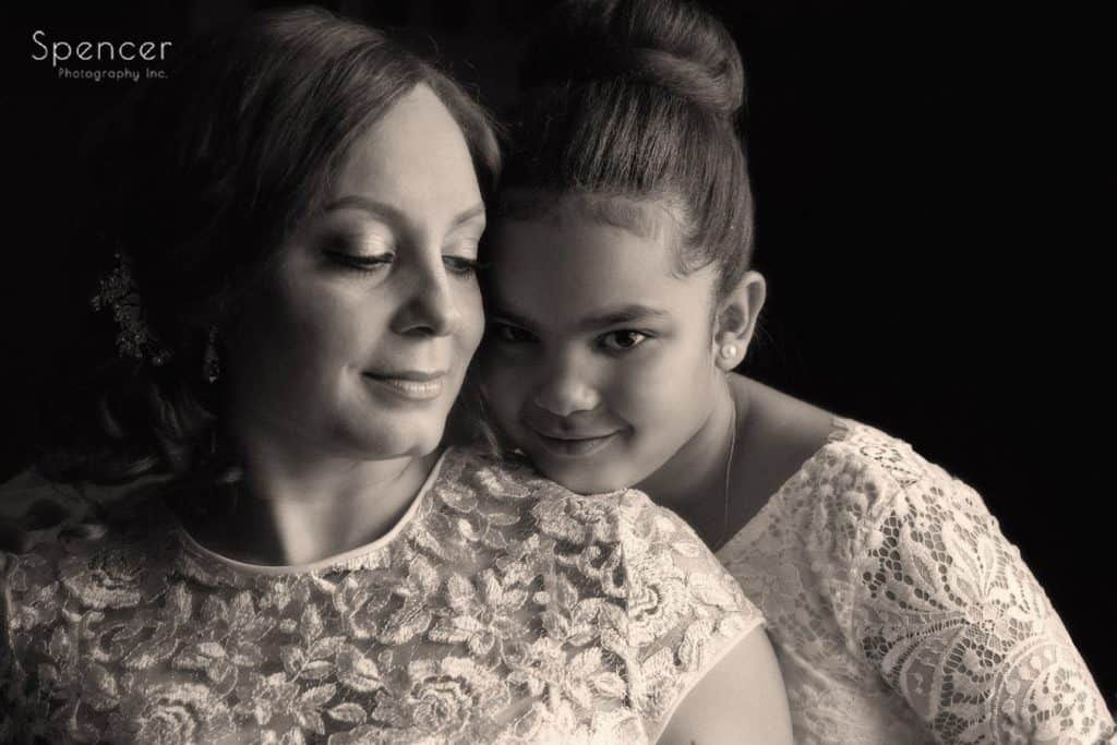 bride with daughter before her cleveland wedding