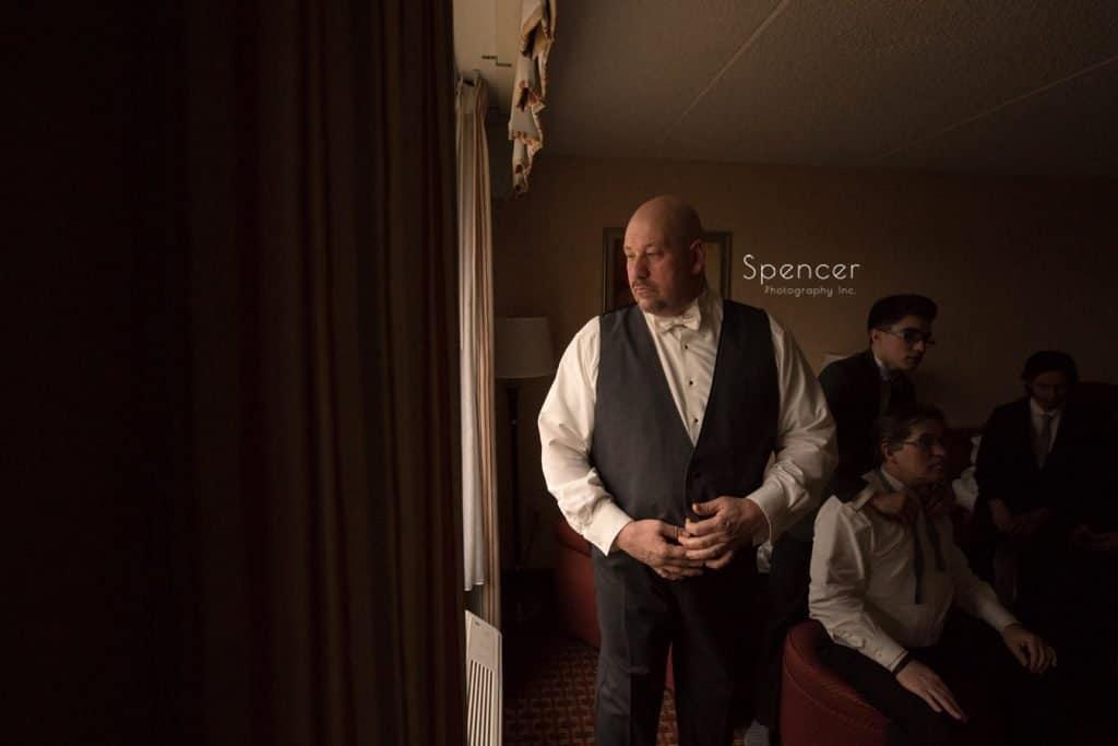 groom with groomsmen on wedding day in Lakewood Ohio