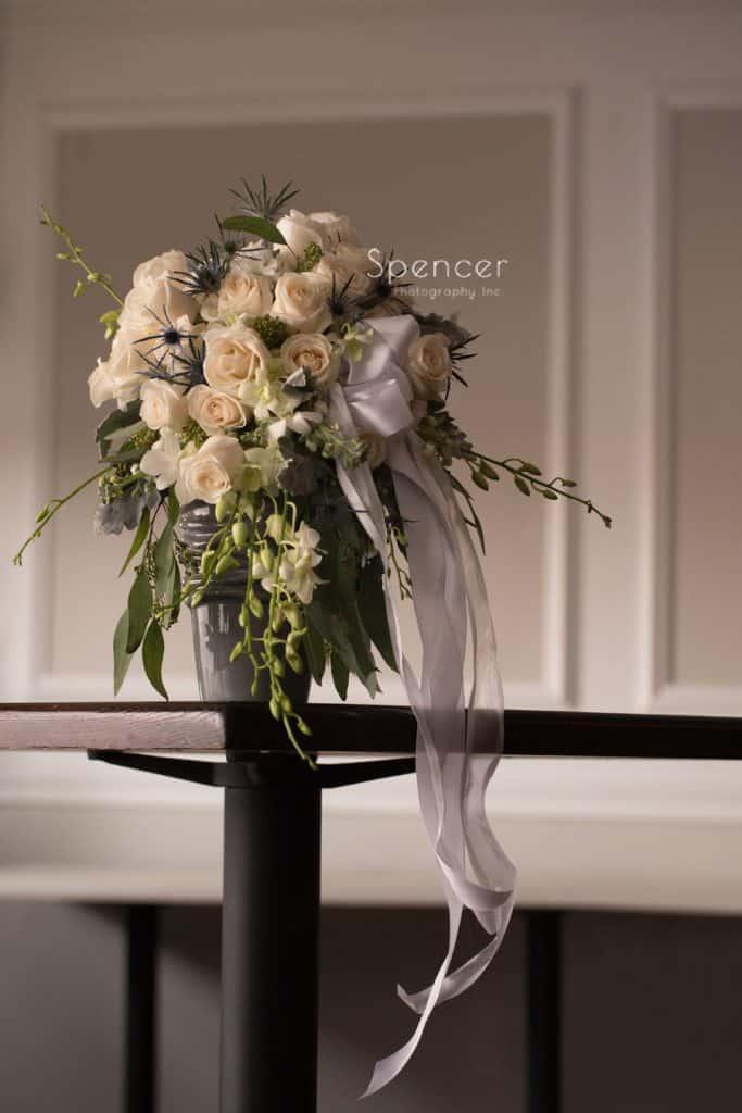 bride's wedding bouquet at Vosh Lakewood
