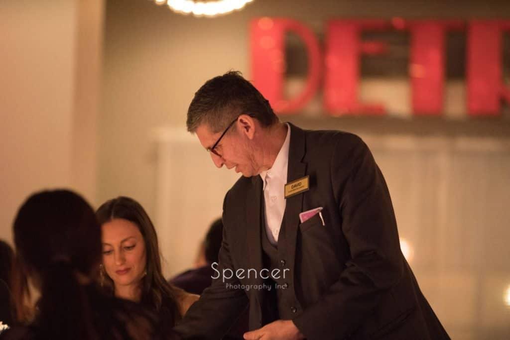 magician at wedding reception at Vosh