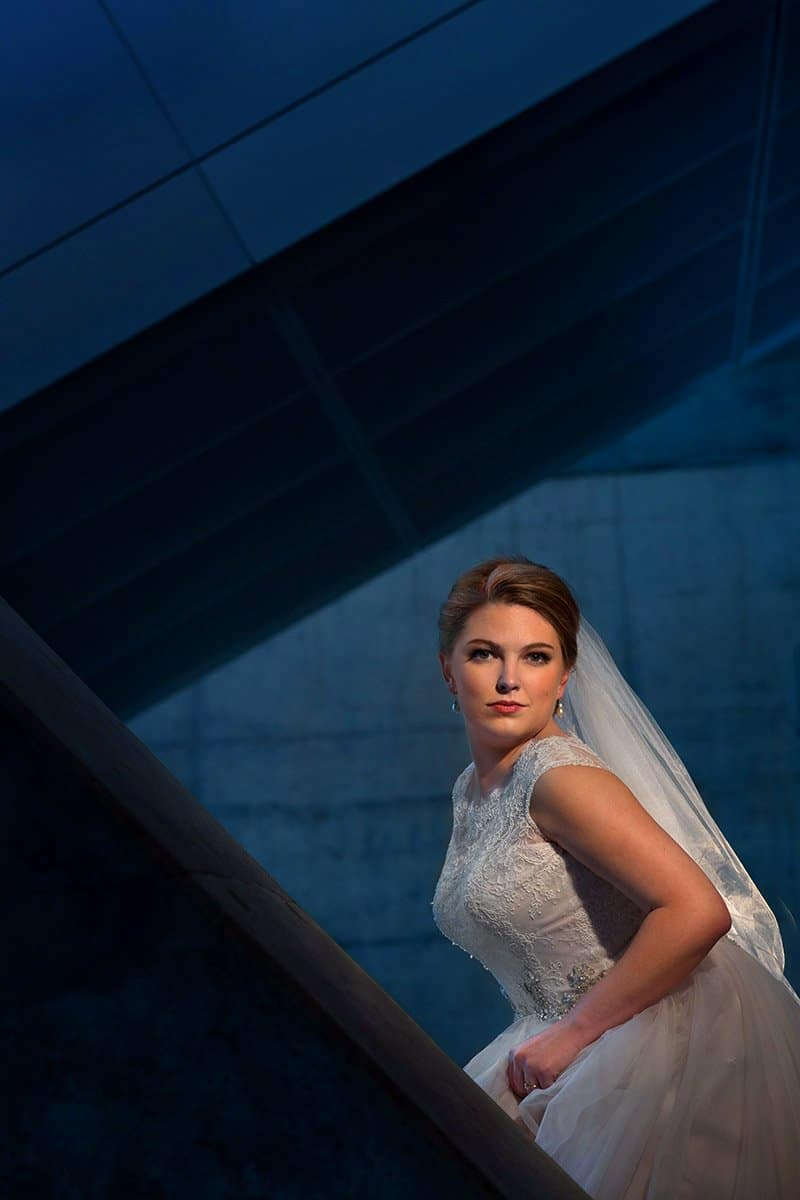 bride portrait at akron art museum 2