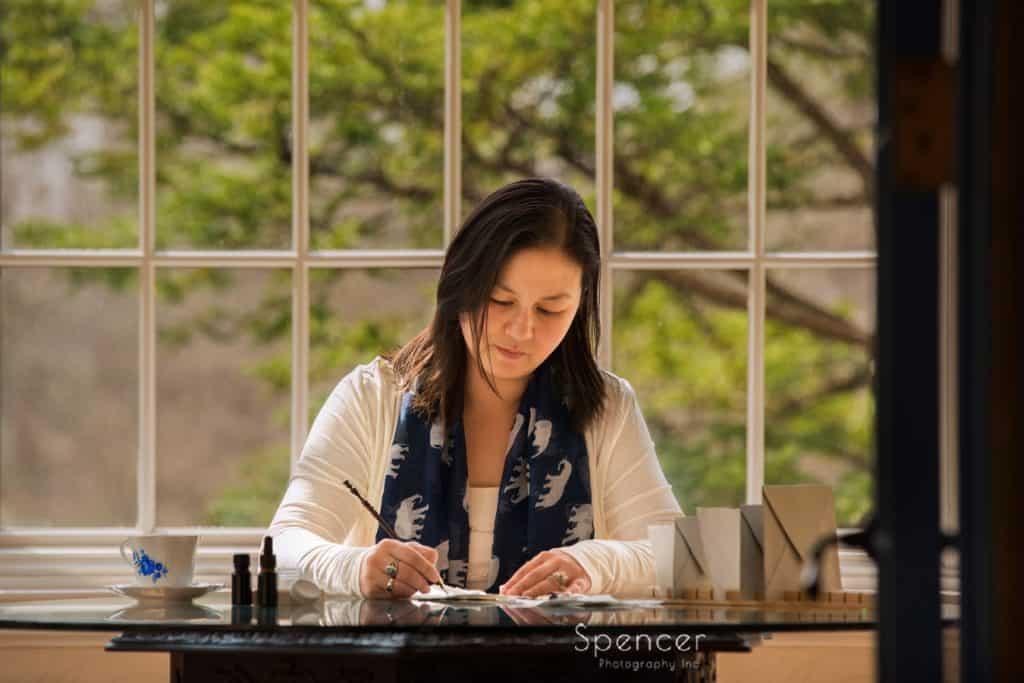 wedding calligrapher working at O'Neil House Akron