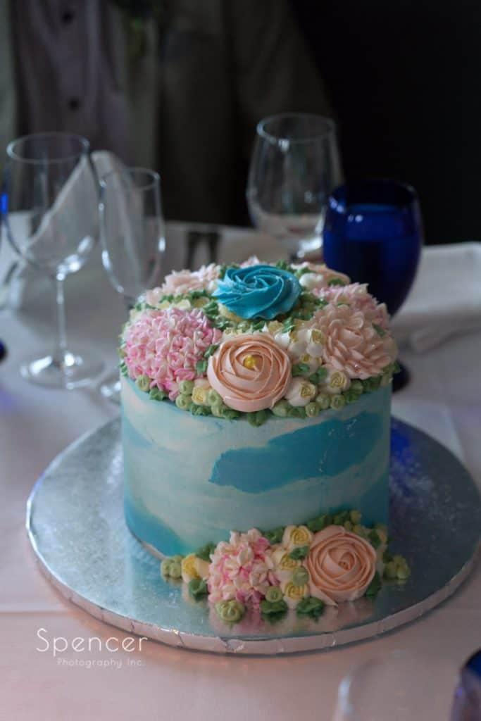 wedding cake at Pier W Cleveland